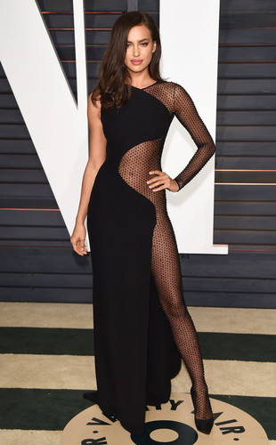 rs_634x1024-150223043319-634-Irina-Shayk-JR-22315.