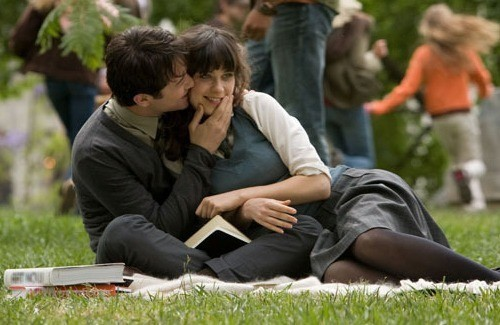 joseph-gordon-levitt-and-zooey-deschanel-in-500-da