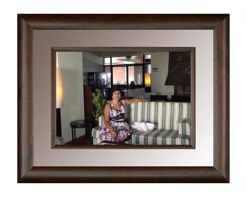 Chica Hotel Faial.jpg