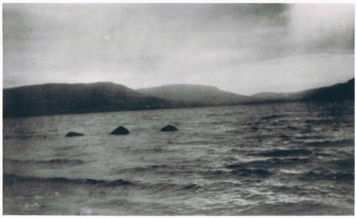 O Monstro do Lago Ness by Lachlan Stuart, 1934
