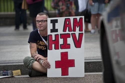 Aaron Laxton, um activista VIH/SIDA