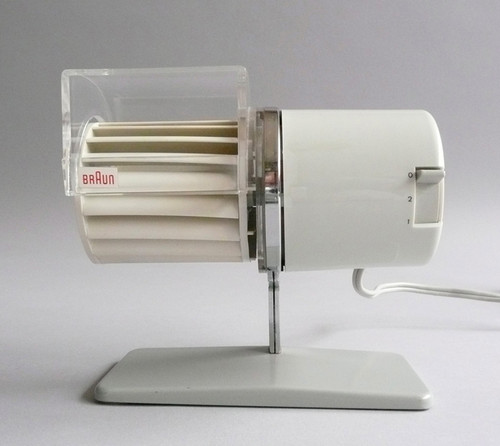 systems-braun-design-tribute-paris-designboom-02.j
