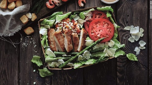 160111112302-mcd-cyt-salad-1-exlarge-169.jpg