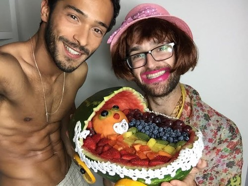 Salada de Frutas Arco-Íris.jpg