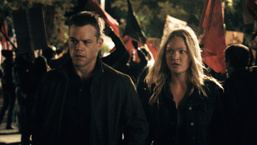 jason-bourne-matt-damon-julia-stiles.jpg