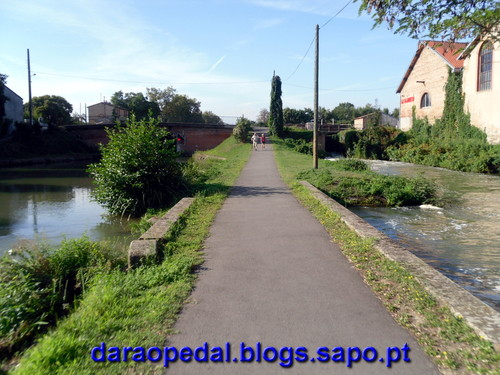 Canal_midi_dia_01_03.JPG