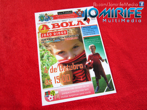 Convite de aniversário de Capa Jornal A Bola [en] Birthday invitation like cover of newspaper A Bola