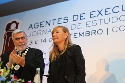 JoseCarlosResende-Aplaude-PaulaTeixeiraCruz.jpg