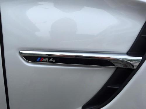 BMWM4CABRIO5.jpg