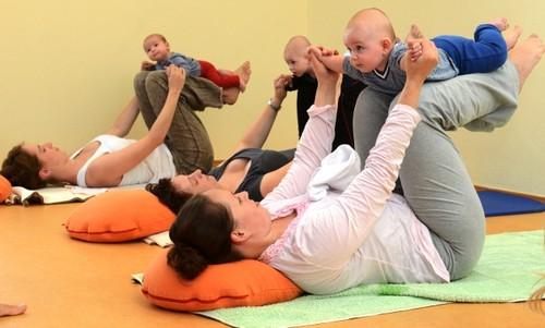 Baby-Yoga-06.jpg