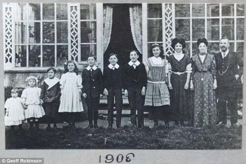 Wall familia canta 1906.jpg