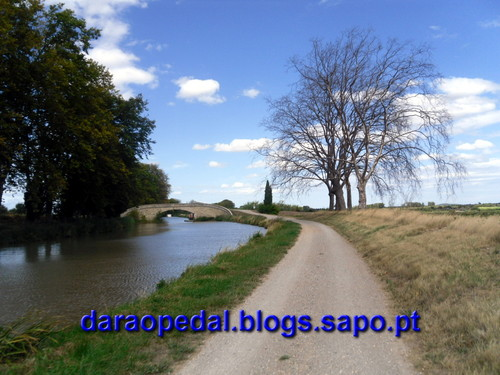 Canal_midi_dia_03_34.JPG