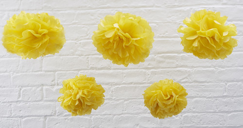 SF-762 Pom Poms - Yellow-001.jpg