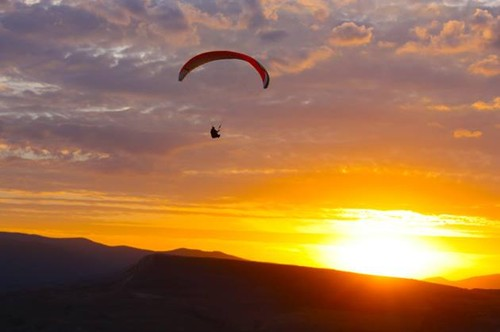 paraglider sol.jpg