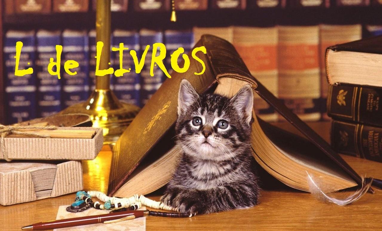 livros gatos.jpg