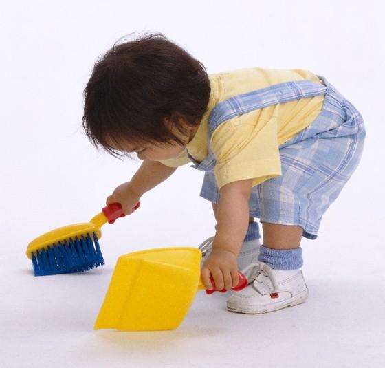 Criança-limpando.jpg