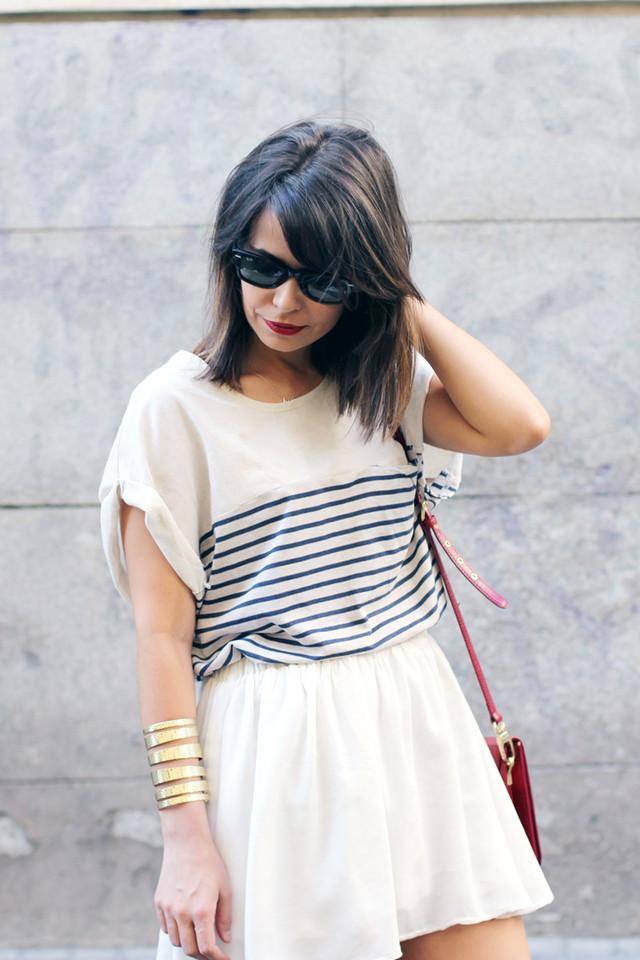 Stripes_Top-Leopard_Sandals-street_style-13.jpg