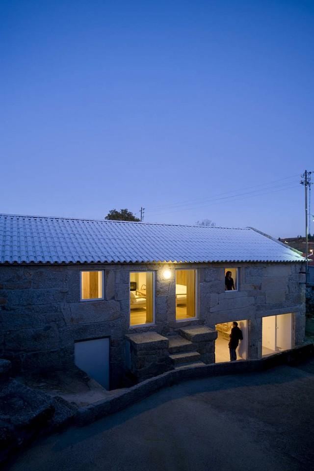 Clara-House-08-800x1200.jpg