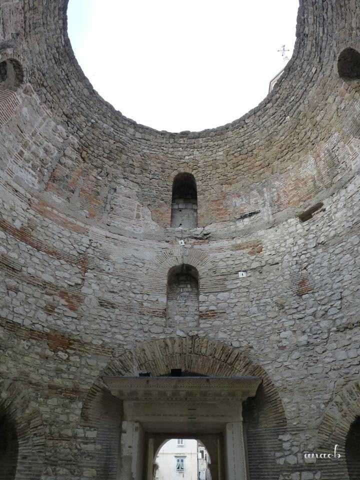 Croácia-Split-Vestíbulo 2.jpg