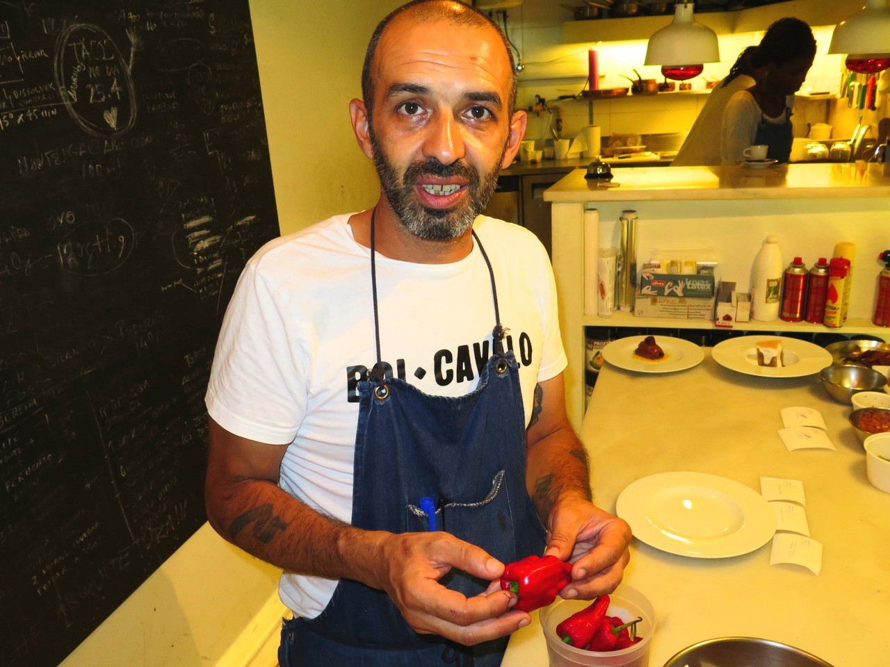 Hugo Brito e os pimentos picantes da Francelina