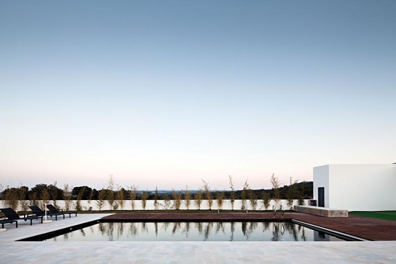 Ribatejo-House-05-800x533.jpg