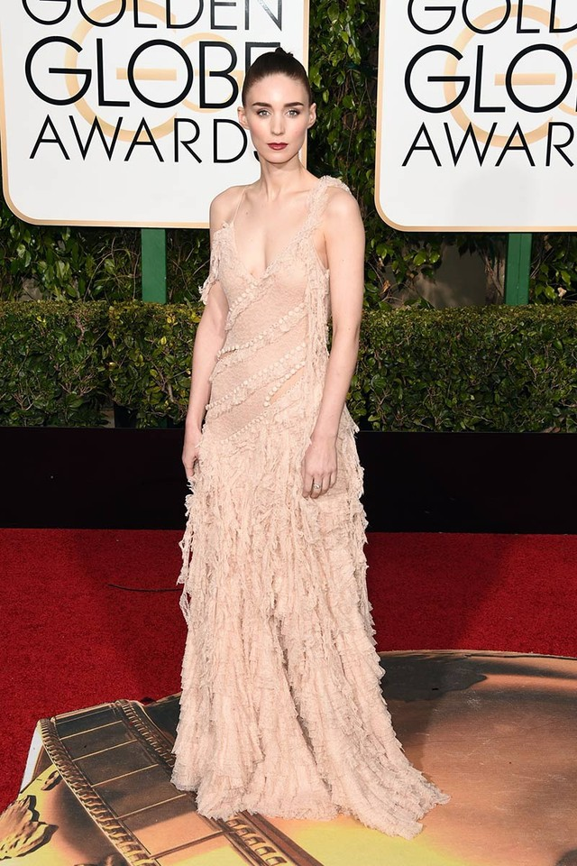 Rooney Mara_ Alexander McQueen.jpg