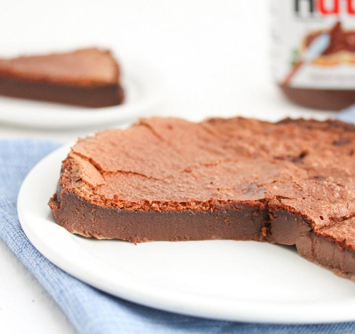 flourless-nutella-cake-4.jpg
