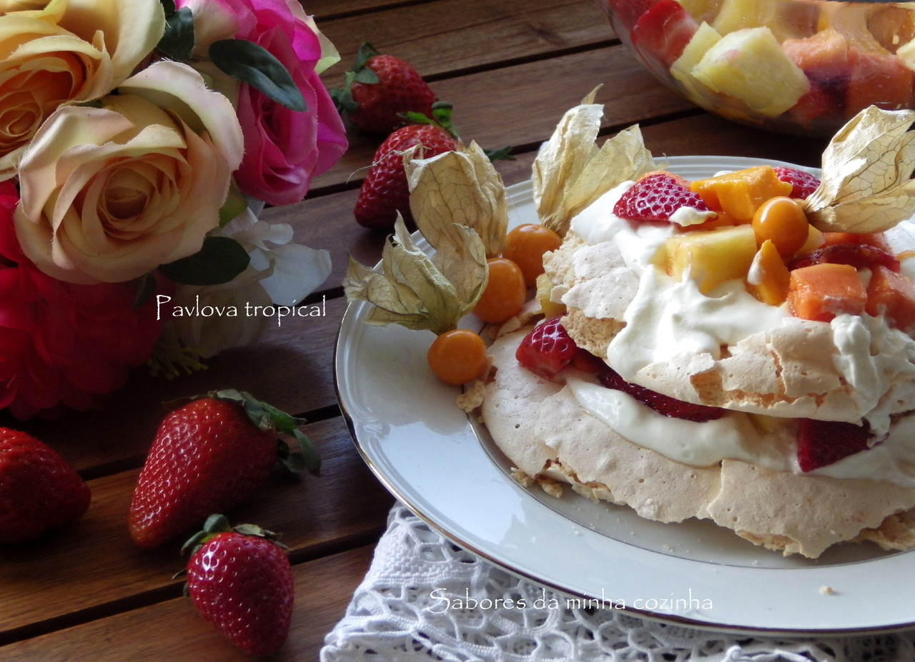 IMGP4685-Pavlova tropical-Blog.JPG