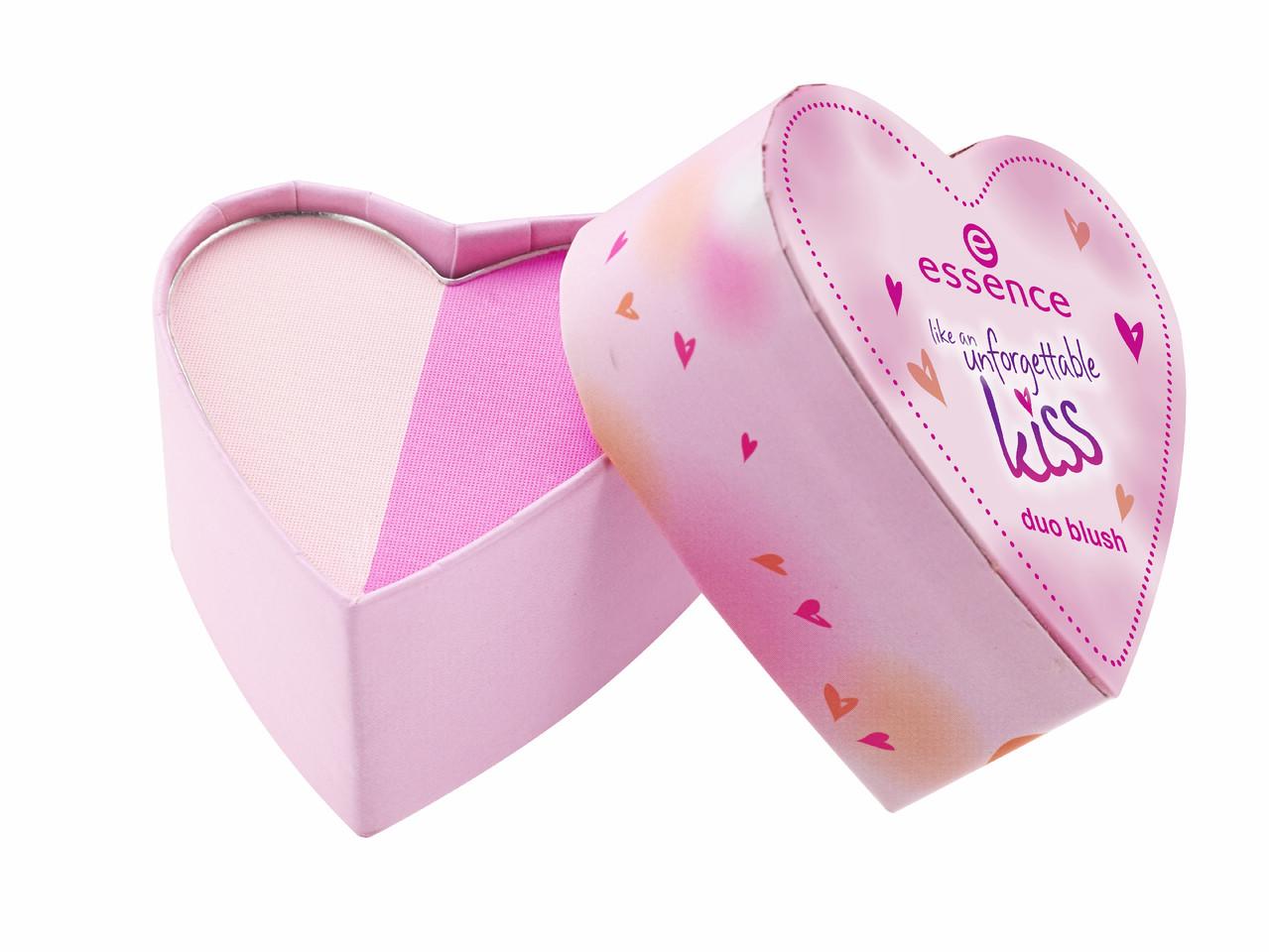ess_UnforgettableKiss_DuoBlush_02_pink_me.jpg