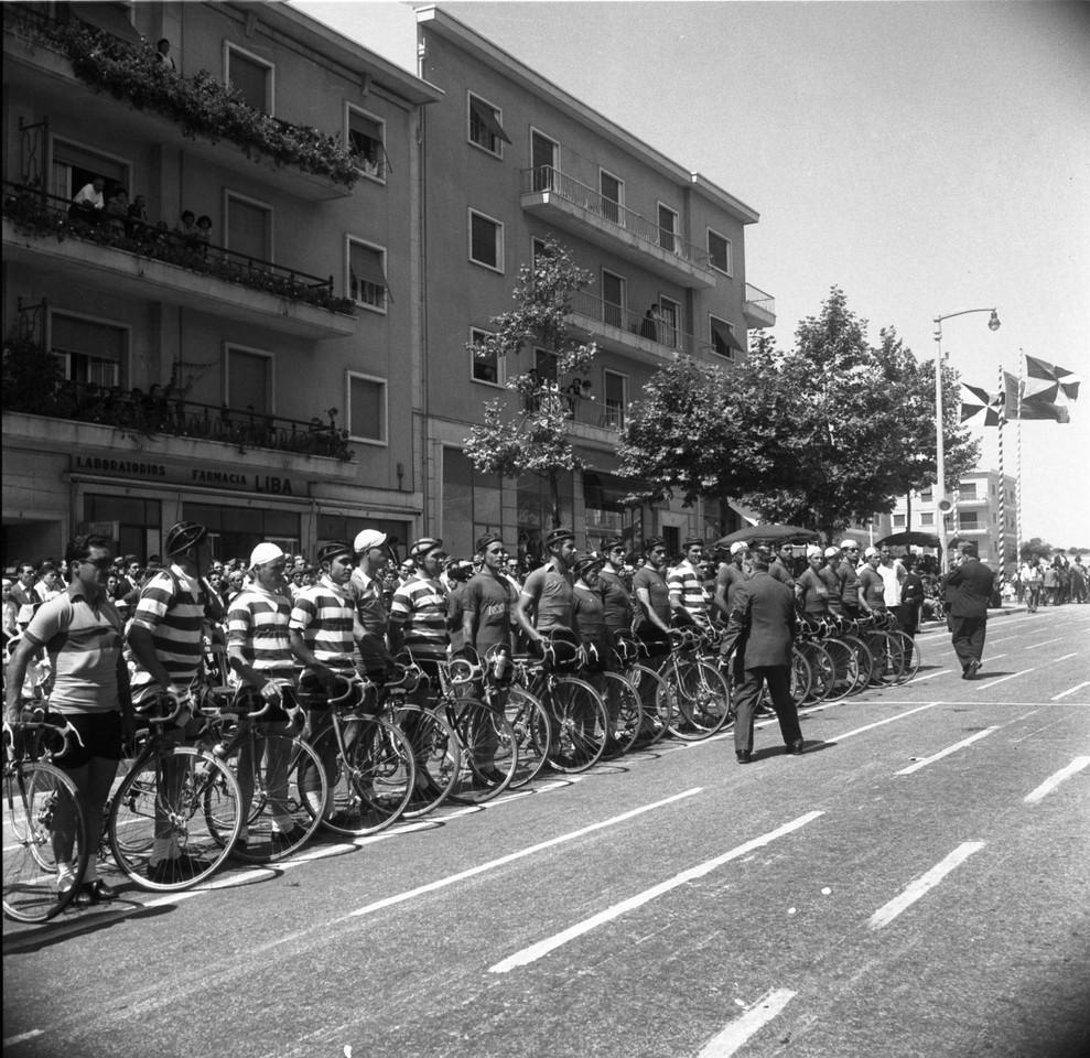 Corrida do circuito de Alvalade, Lisboa (C. Madureira, 1955)