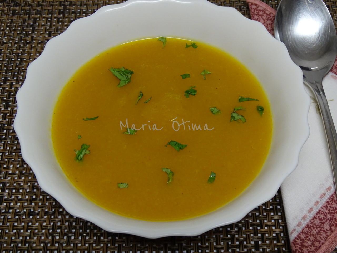 sopa de abóbora beringela e açafrão.jpg