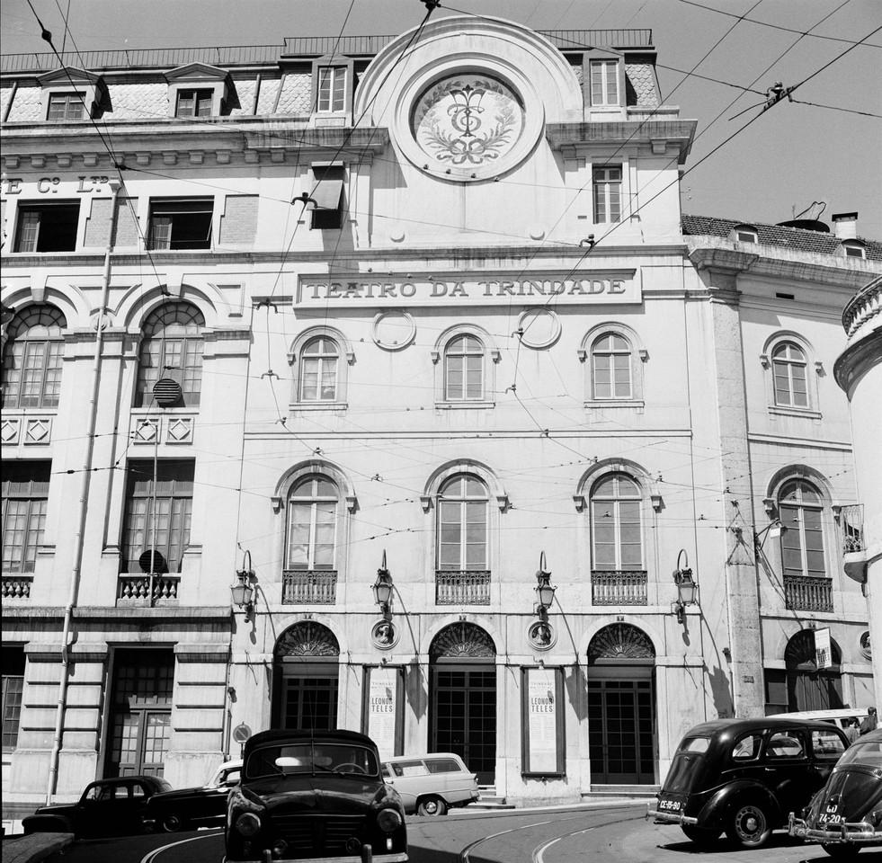 Teatro da Trindade, 1960, foto de Arnaldo Madureir