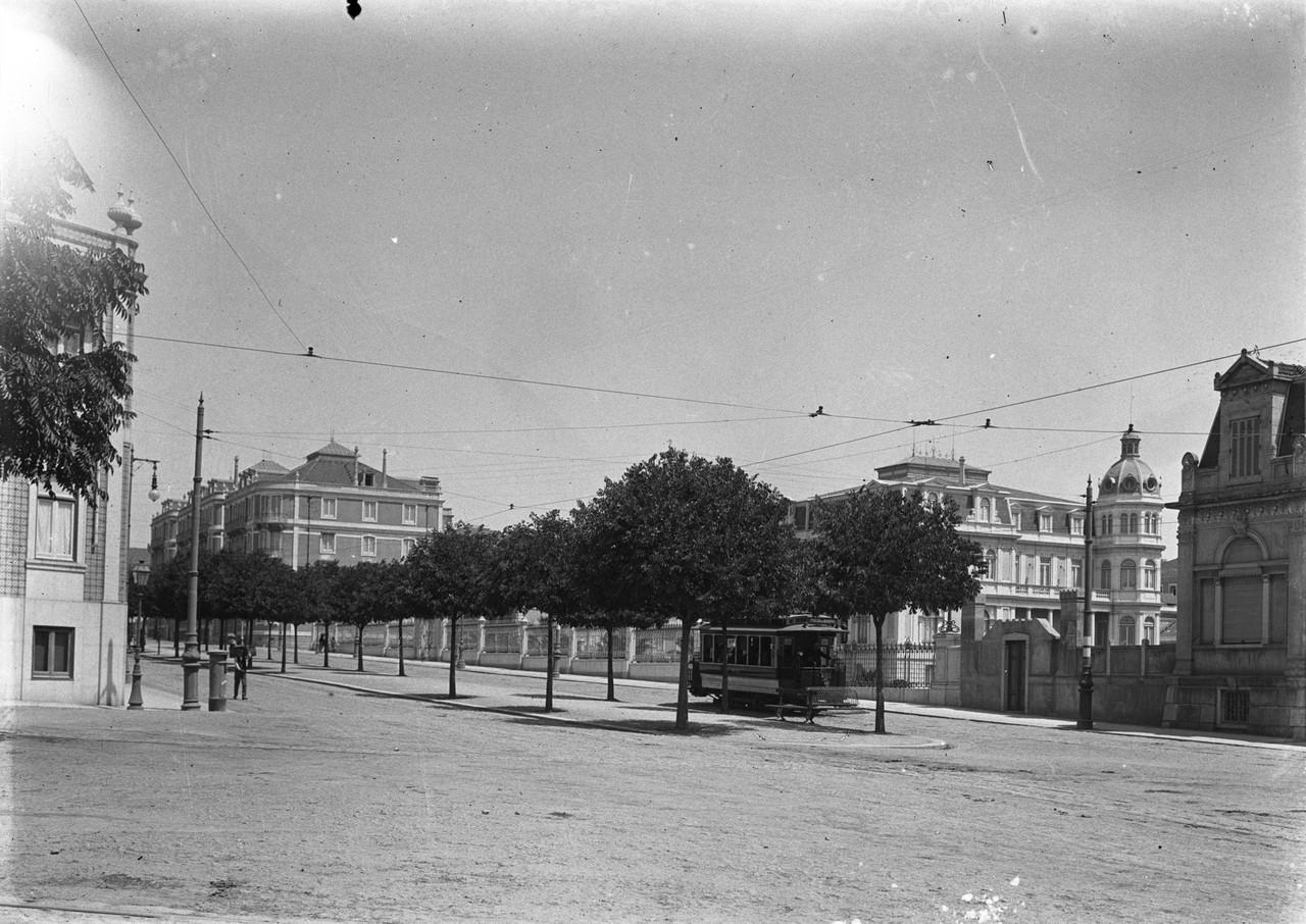 Av. de Fontes Pereira de Mello, Lisboa (Joshua Benoliel, c 1910)