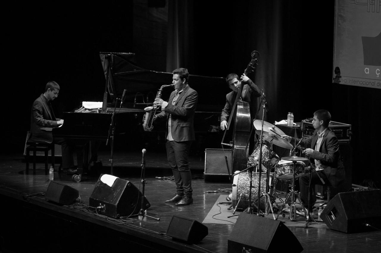 Quarteto Ricardo Toscano.jpg