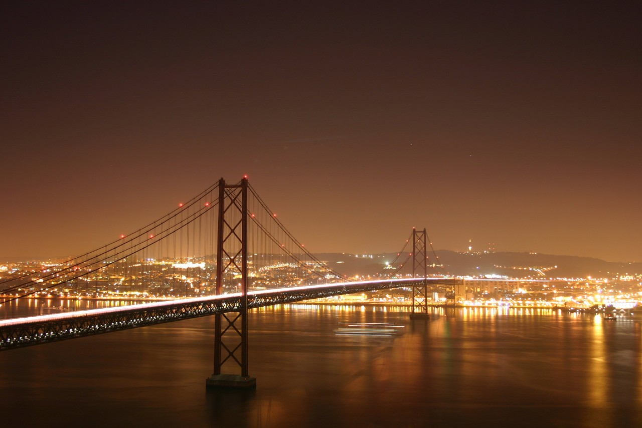 Lisbon Bridge night image