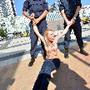 Protestos em topless