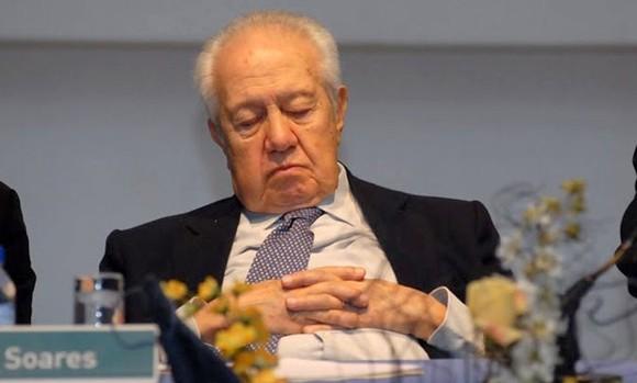 mario_soares_dormir.jpg
