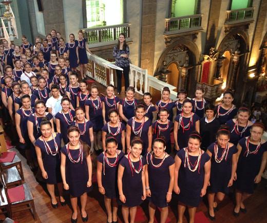 Coro Infantil Gulbenkian - Leonor Moura Esteves - Canções De Natal
