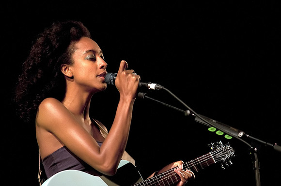 Corinne Bailey Rae @ CoolJazz 2010_04.jpg