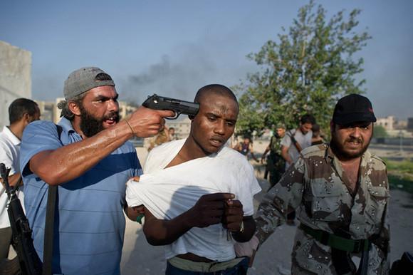 Síria pistola.jpg