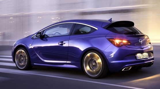 Opel Astra.jpg