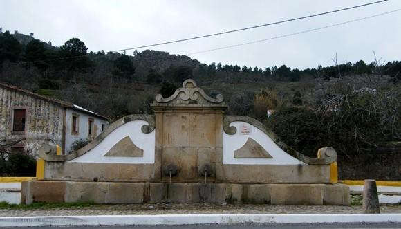Fonte Nova, Castelo de Vide.jpg