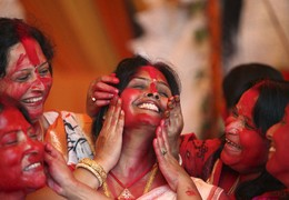 Mulheres Festival Durga Puja, Chandigarh, Índia