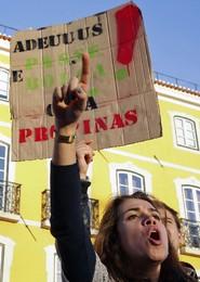 PORTUGAL DEMONSTRATION STUDENTS