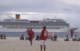 Réveillon Copacabana - Transatlânticos enfileira