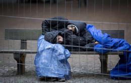 Refugiados dormem nas ruas de Berlim, Alemanha
