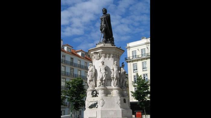 A estátua de Camões em Lisboa foi construída du