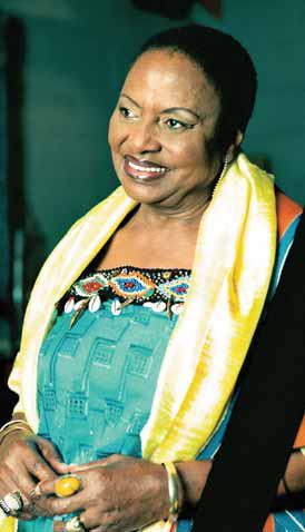 Tal como Nelson Mandela, a famosa cantora Míriam Makeba era Xhosa